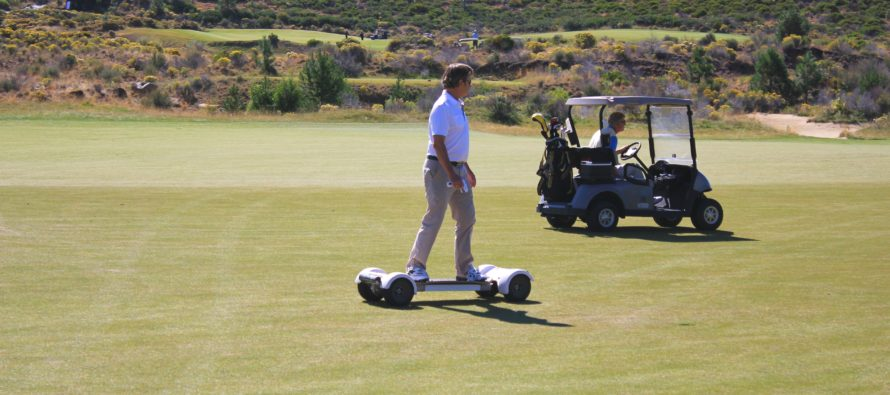 "FIRST EVER GolfBoard Tournament – ""Surfing on the Links""- This Saturday"